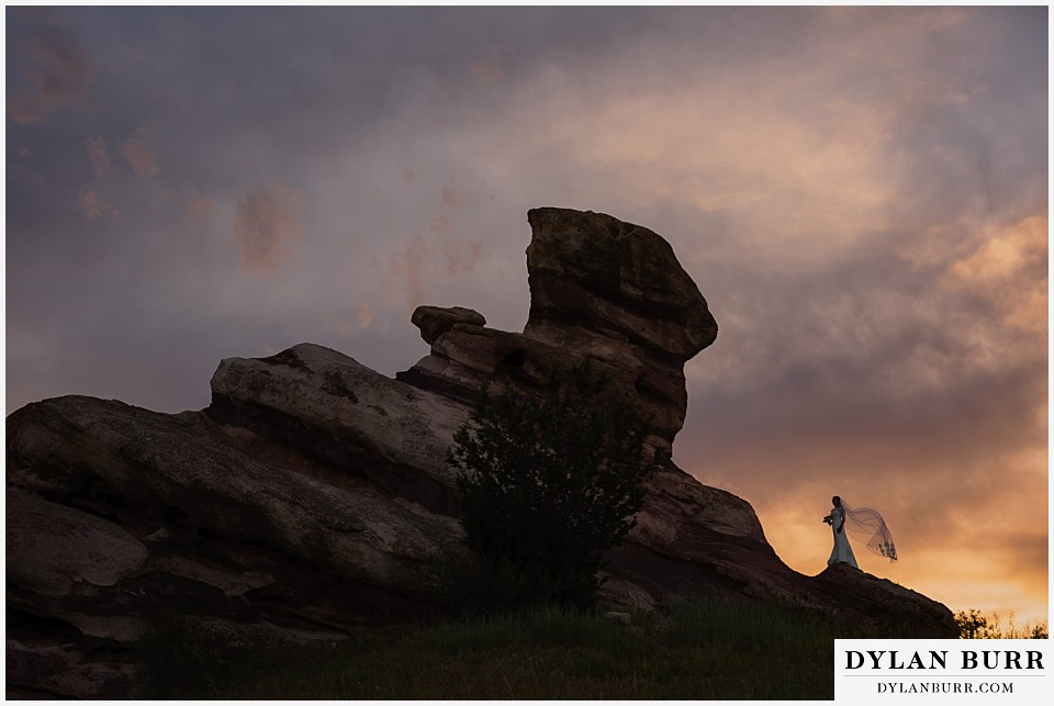 colorado sunset bridal portrait session red rocks