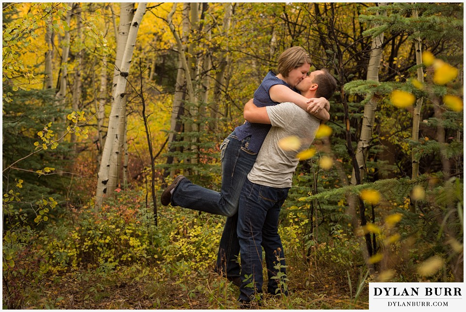 colorado mountain engagement session fall colors leaves changing on aspen trees