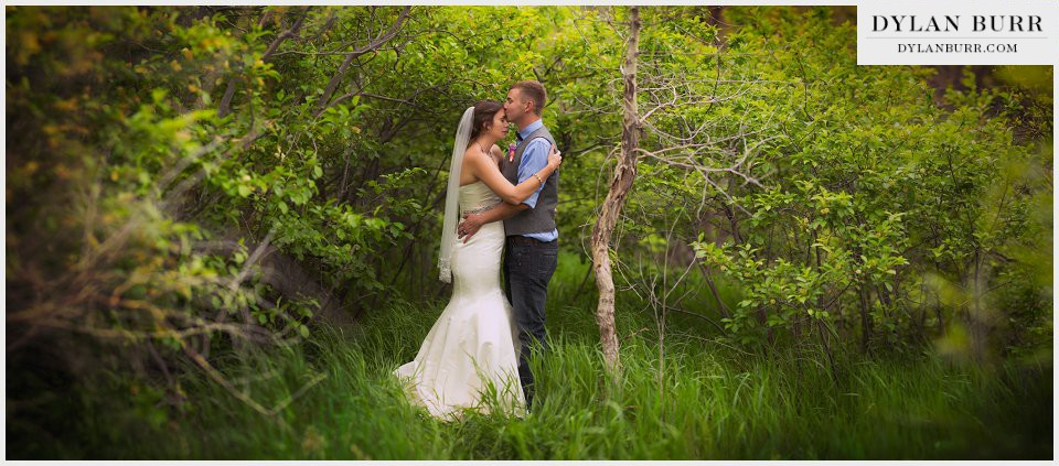 colorado ranch wedding couple