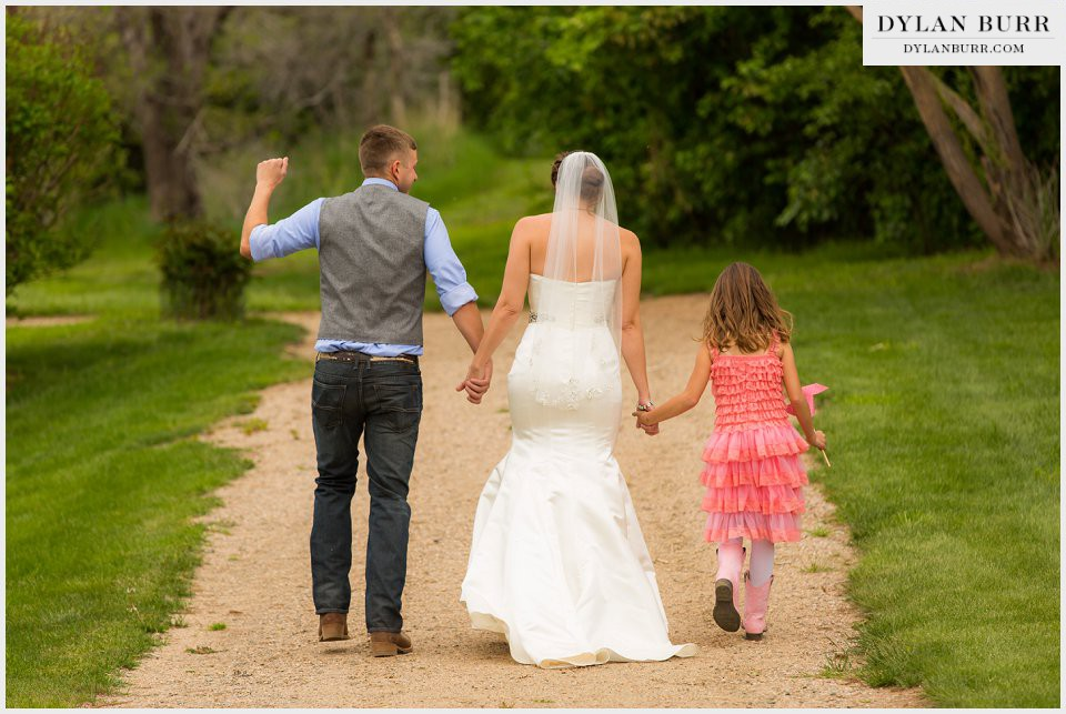 new family wedding ceremony ellis ranch loveland co