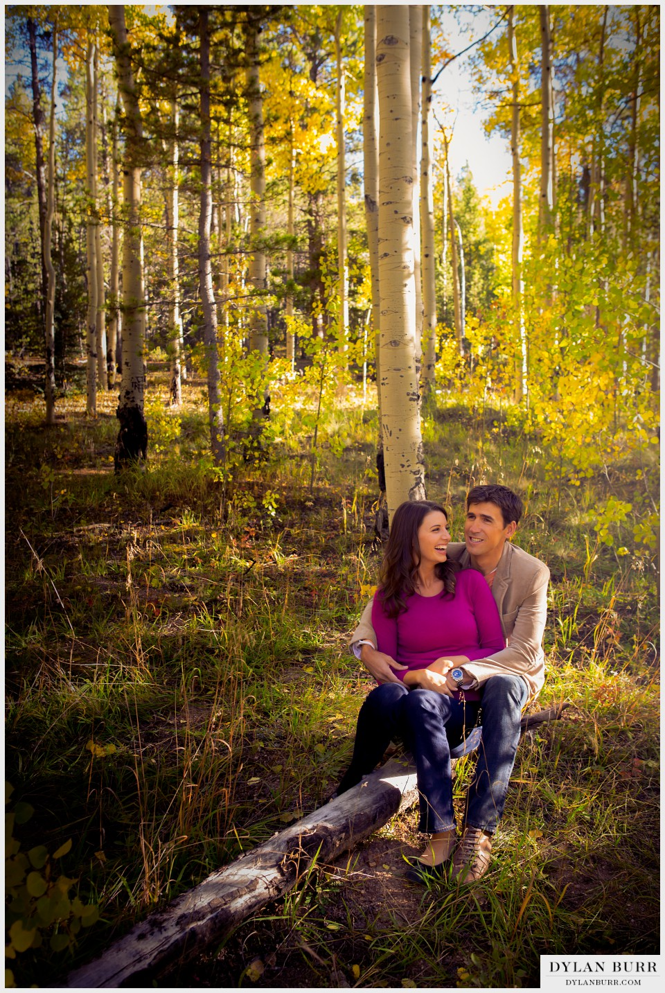 fall colorado engagement photos aspen trees