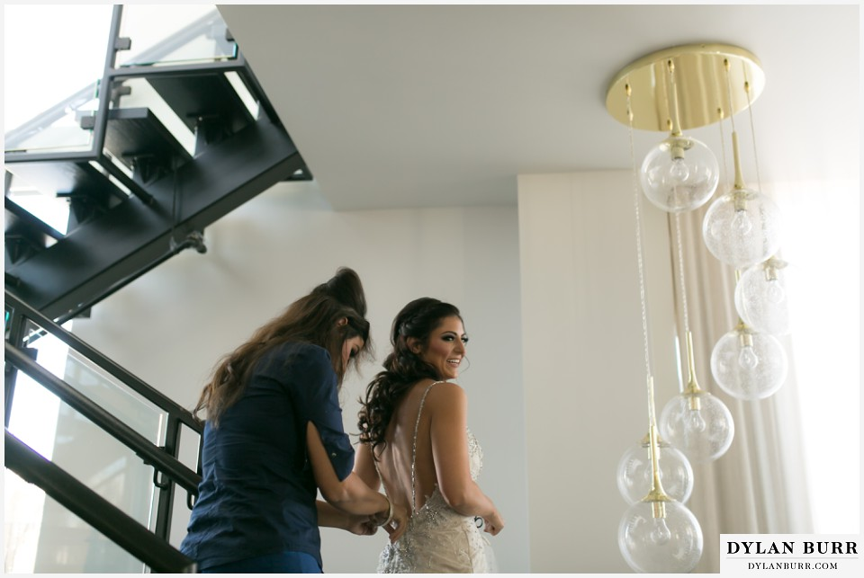 colorado-wedding-photographer-denver-halcyon-bride-getting-ready