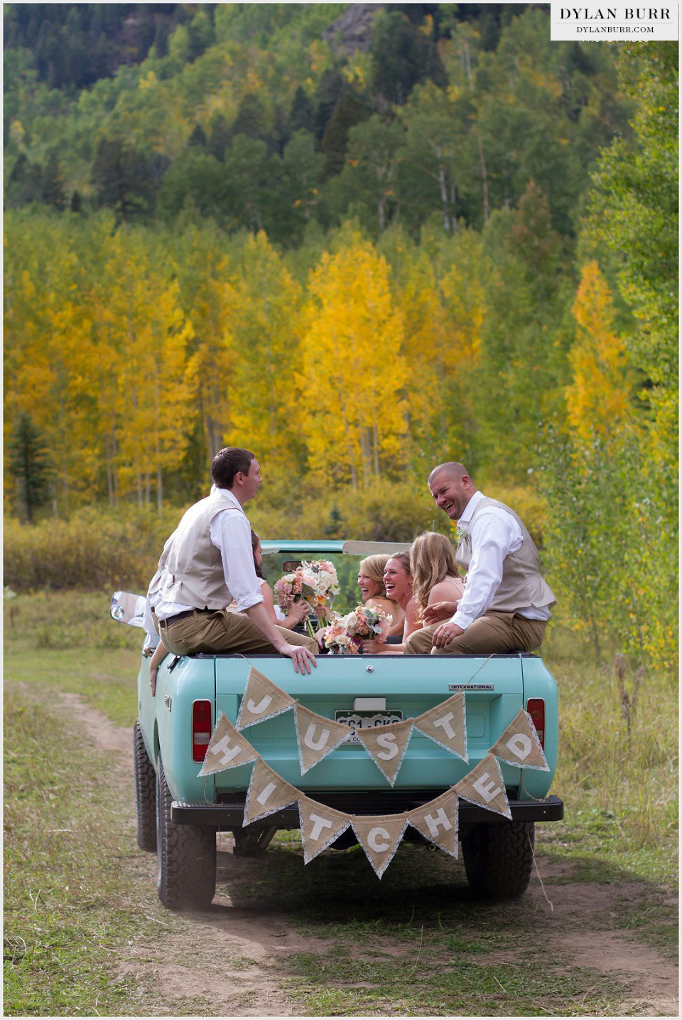 durango wedding photographer just hitched banner burlap just married fall