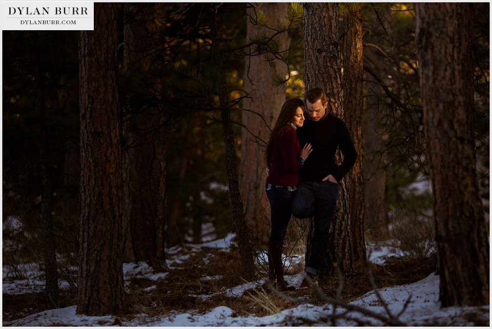 estes park engagement photos sunset in trees