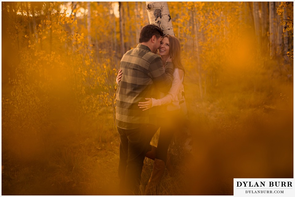 colorado mountains fall engagement photo session color leaves