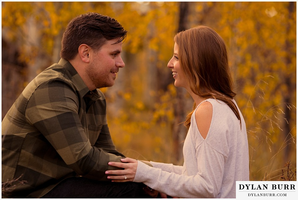 colorado mountains fall engagement photo session