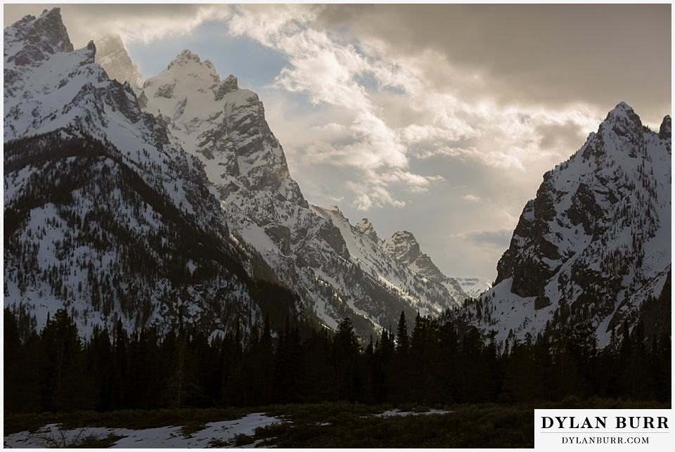 grand teton national park winter wedding