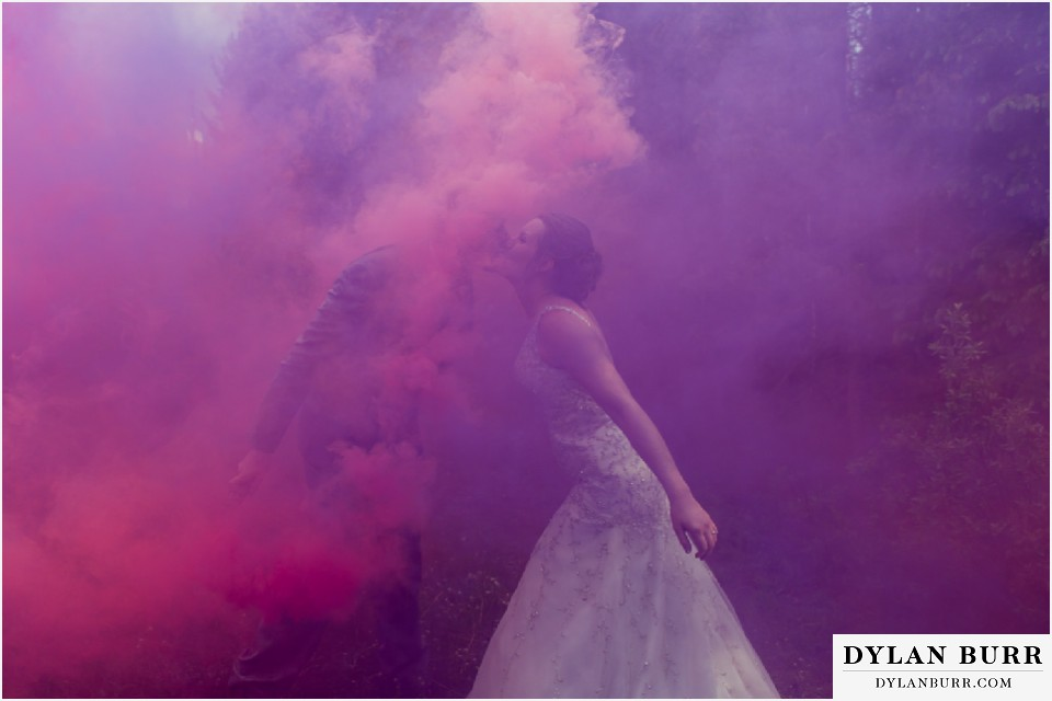 silverlake lodge colorado mountain wedding smoke bombs