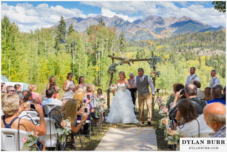 colorado wedding venue silverpick lodge newlyweds