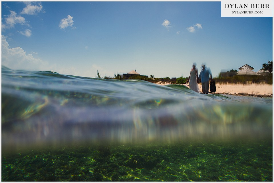 underwater wedding photography on shore distortion