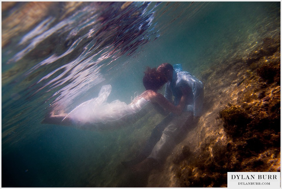 underwater wedding photography turks-caicos smith reef