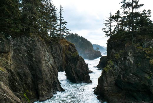 oregon coast cliffs